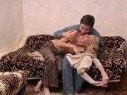 Русская тетя показывает пизду онлайн